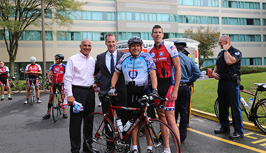 Bateman Joins Bicyclists from Ride 2 Recovery to Support Wounded Veterans
