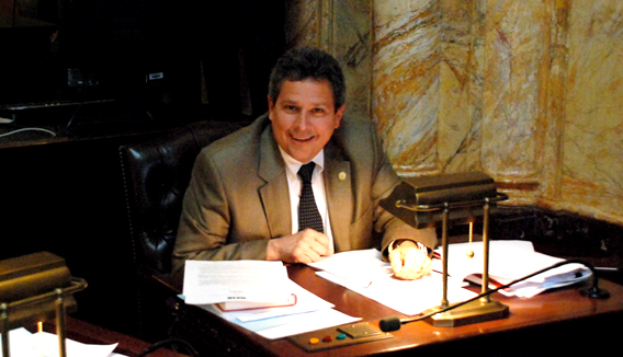Senator Kip Bateman (R-16) in Senate Chamber