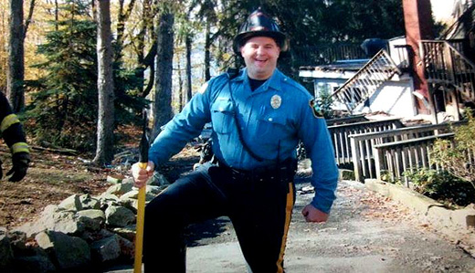 "Christie Signs Bucco's ""Patrolman Joseph Wargo's Law"" Creating Roadside Memorial Program"