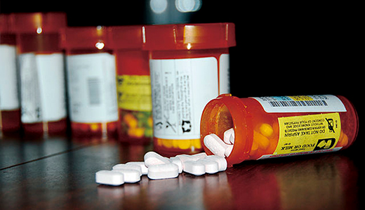 Holzapfel Bill Limits Opioid Prescription to 7 Day-Supply for Minors & New Patients