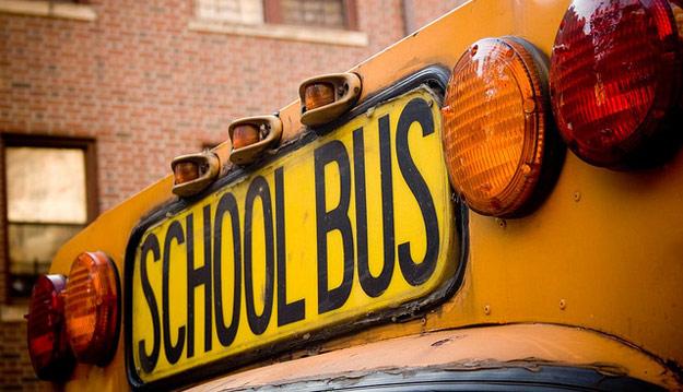 Sen. Thompson Wants Action on School Seat Belts