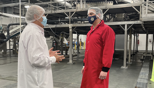 Testa Tours Vineland Produce Giant as Part of Business Recovery Tour