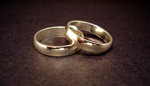 Bateman Bill Increasing Penalties for Buying, Selling Stolen Jewelry Clears Committee